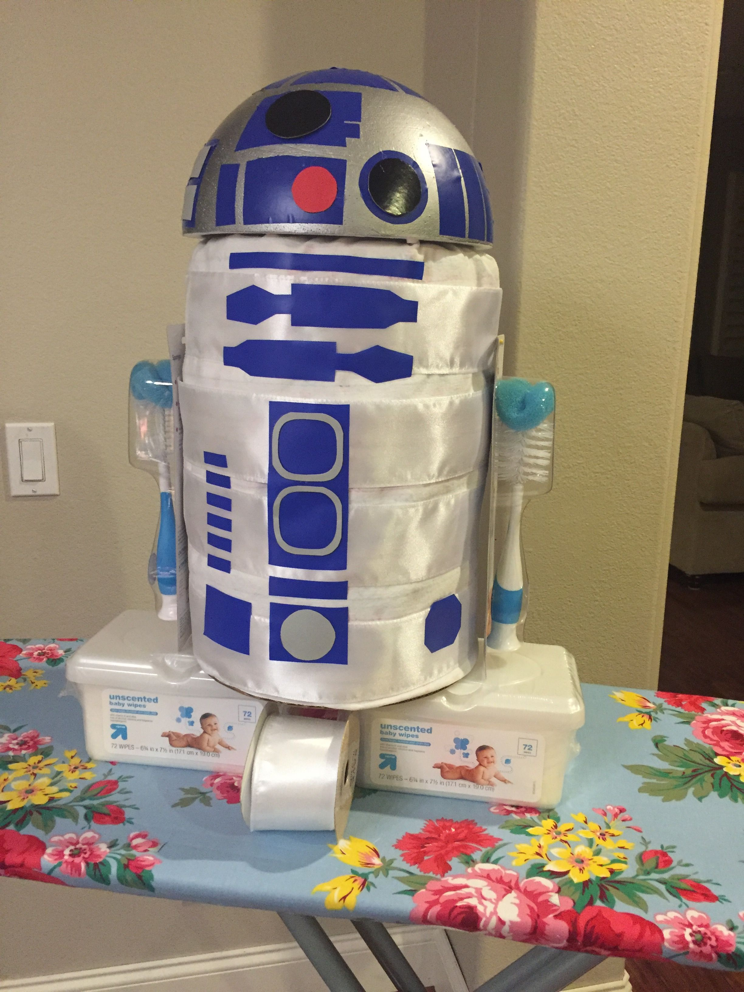 Star Themed Gifts Star Wars R2d2 Diaper Cake Star Wars In 2019 Baby