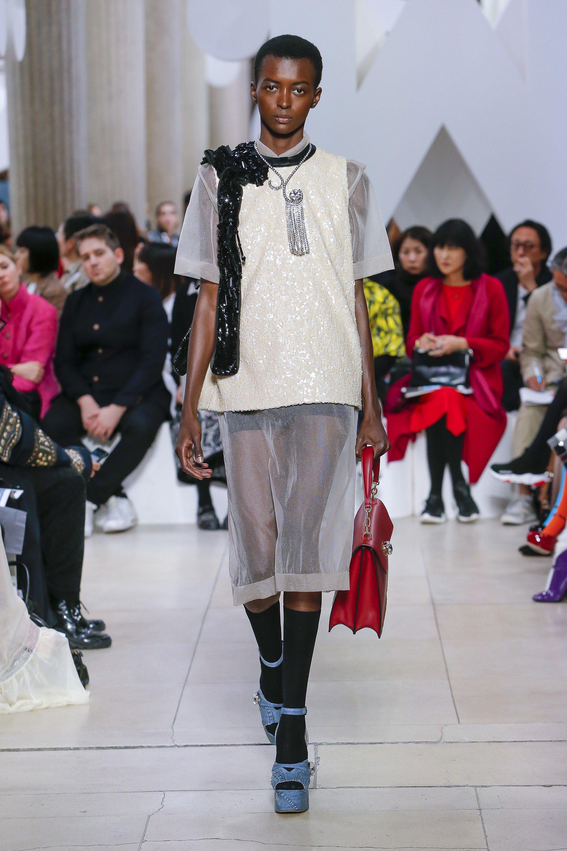 44b3367334631 Miu Miu Spring 2019 Ready-to-Wear Fashion Show Collection  See the complete Miu  Miu Spring 2019 Ready-to-Wear collection. Look 49