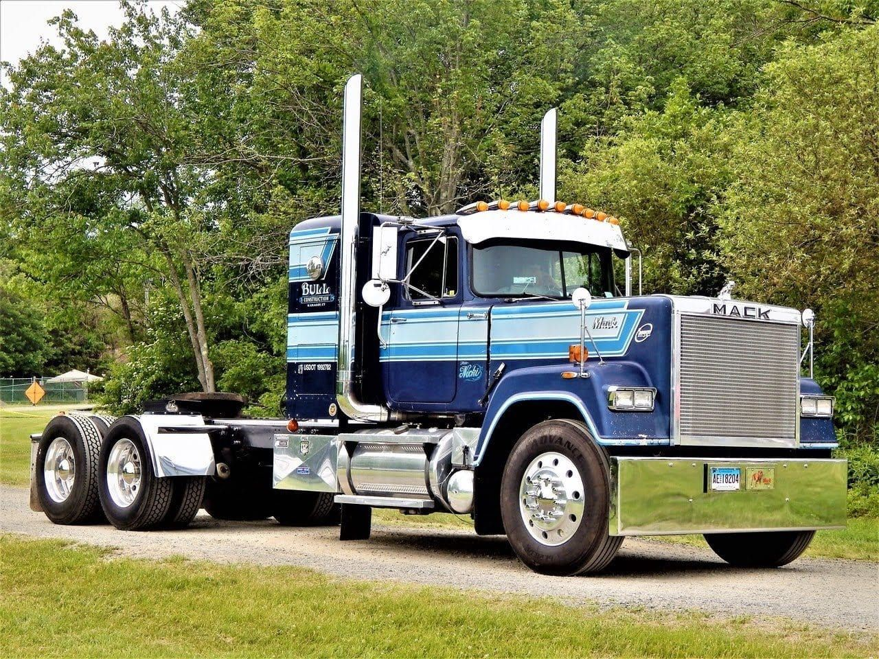 Pin by Jason on Big rig Trucks, Truck bed trailer, Old
