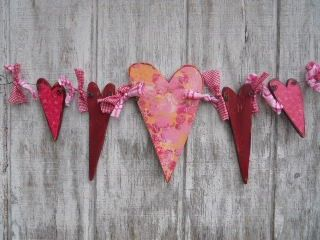 @: A Garland of Hearts: pine plywood, 19g wire, fabrics, mod podge, paper