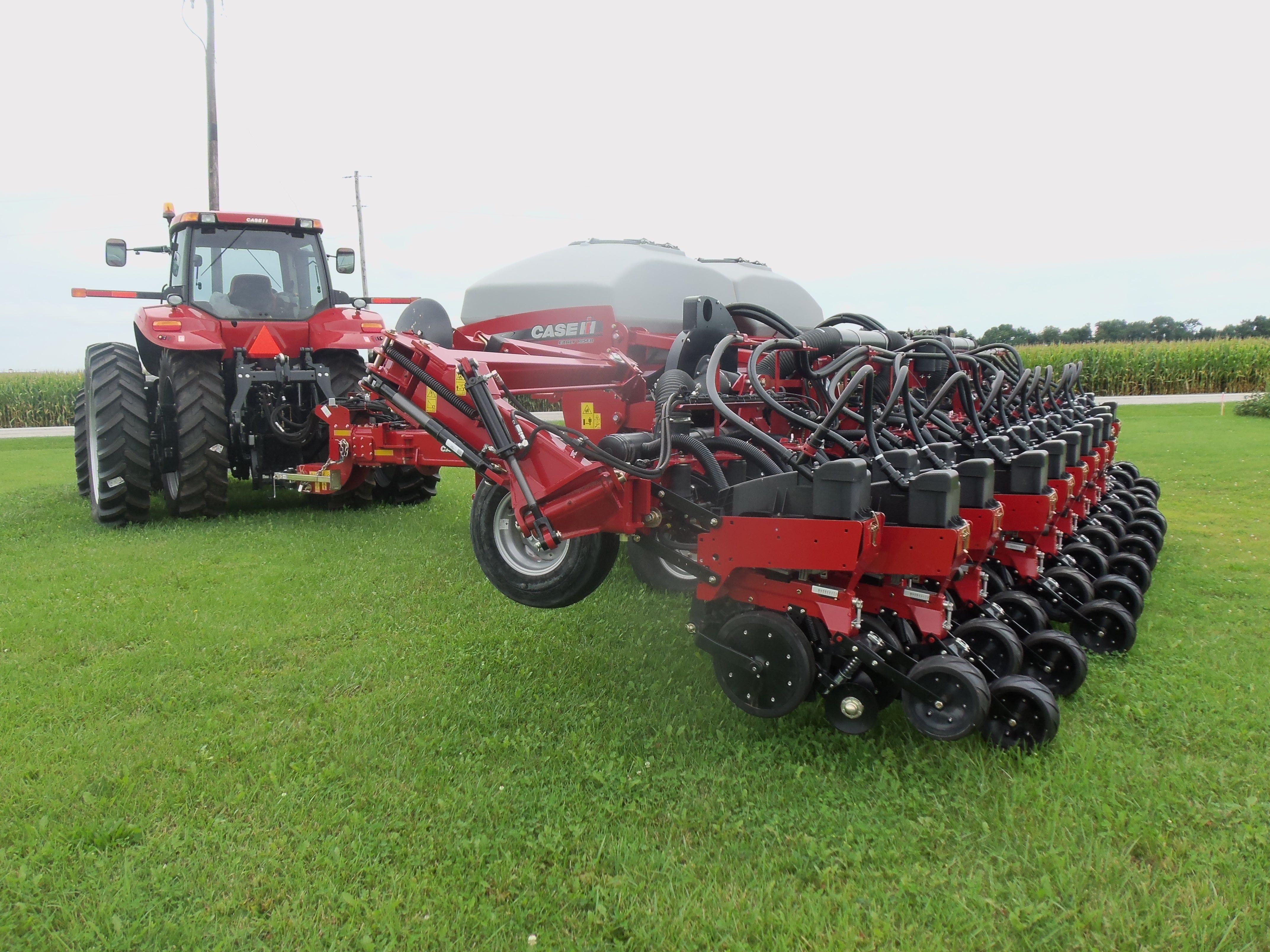 Caseih 1245 Corn Planter Hooked To Magnum 290 Caseih Equipment