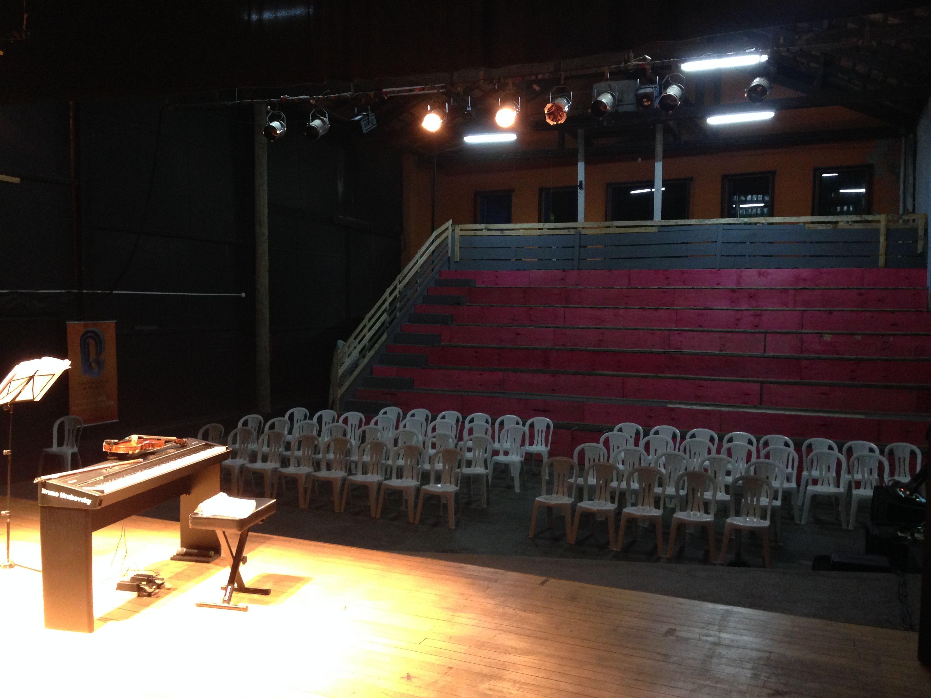 Teatro Da Funda O Cultural Em Rio Do Sul Experi Ncia De Palco  -> Sala De Tv Improvisada