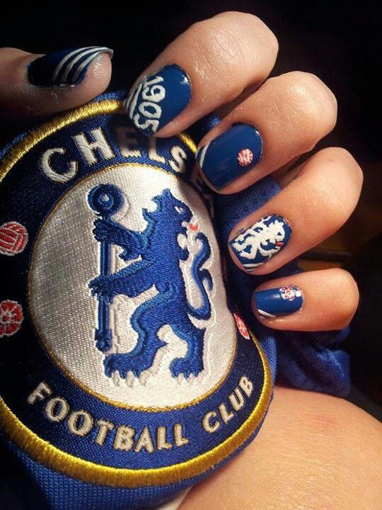 Chelsea FC nail art