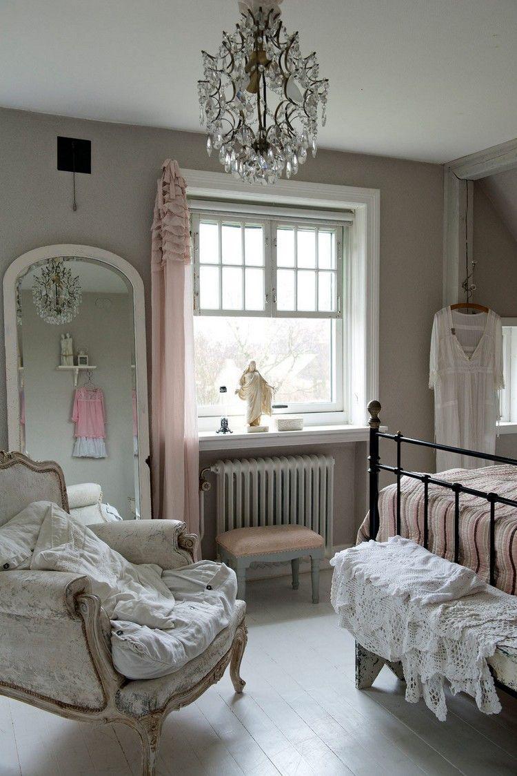 Shabby Chic Schlafzimmer Einrichten Mit Elegantem Kronleuchter