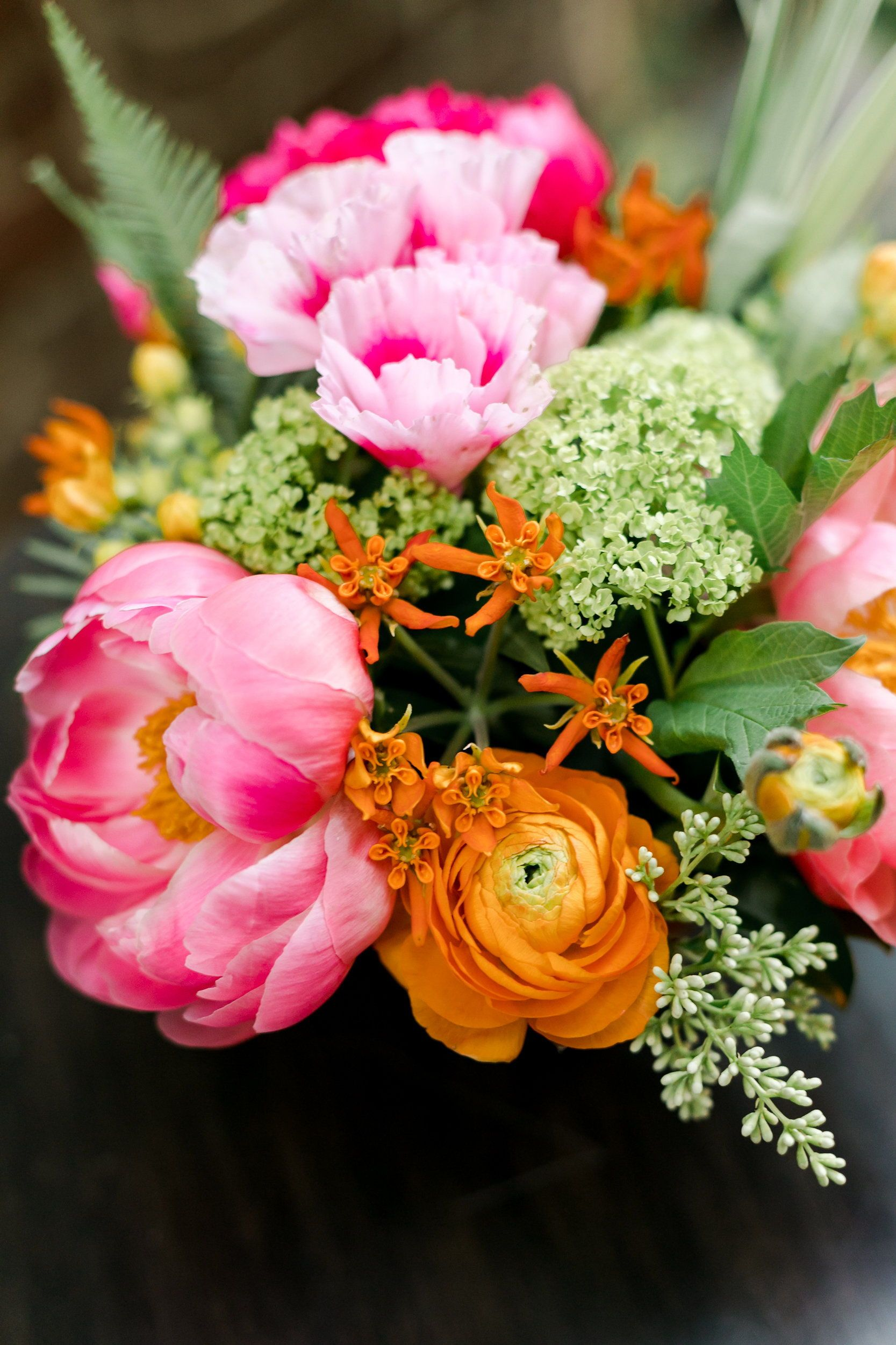 Colorful Summer Bouquet Peonies Ranunculus Godetia Viburnum Asclepias Beatrix Colorful Flowers Arrangements Flowers Bouquet Gift Flowers