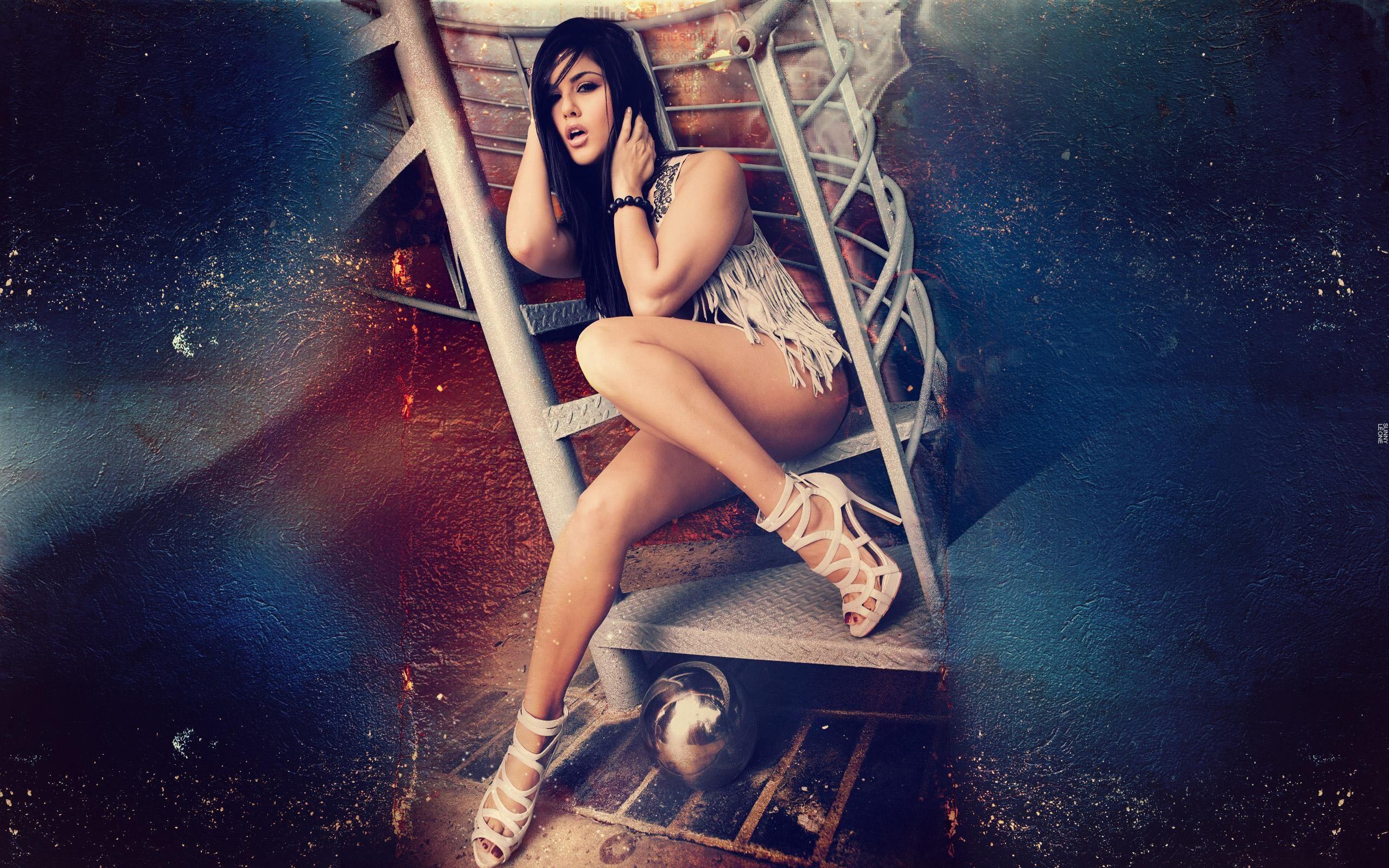 sexy Bilder von Suny Leone