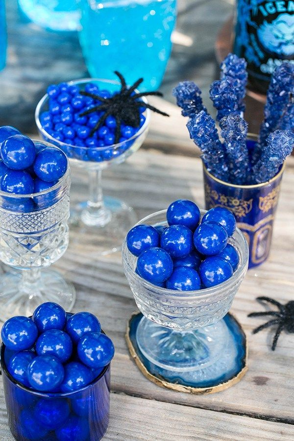 The Ultimate Halloween Bar on a Budget Halloween Pinterest - halloween club decorations