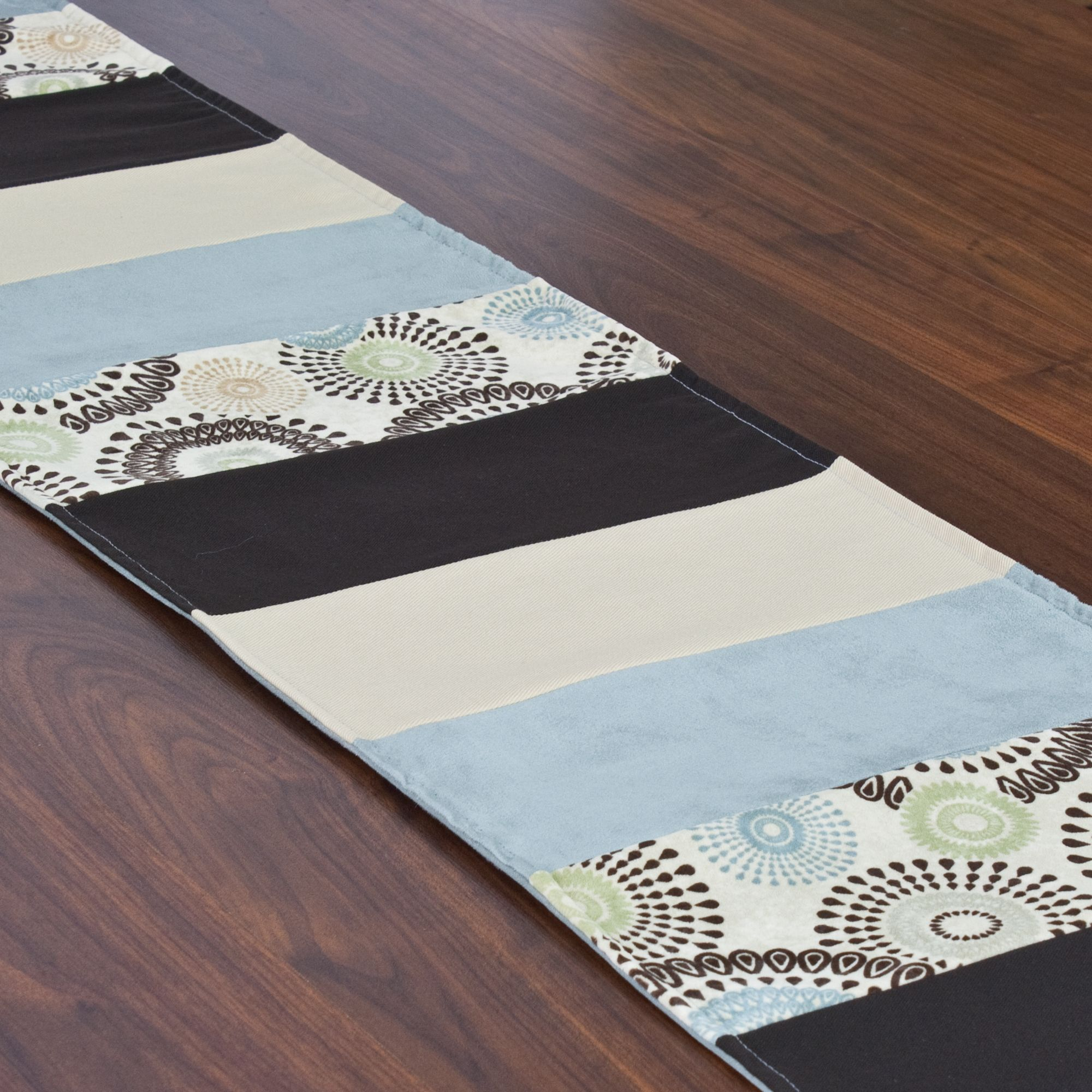 Raja Spa 12.5 x 71-inch Pieced Table Runner | Overstock.com Shopping - The Best Deals on Table Linens