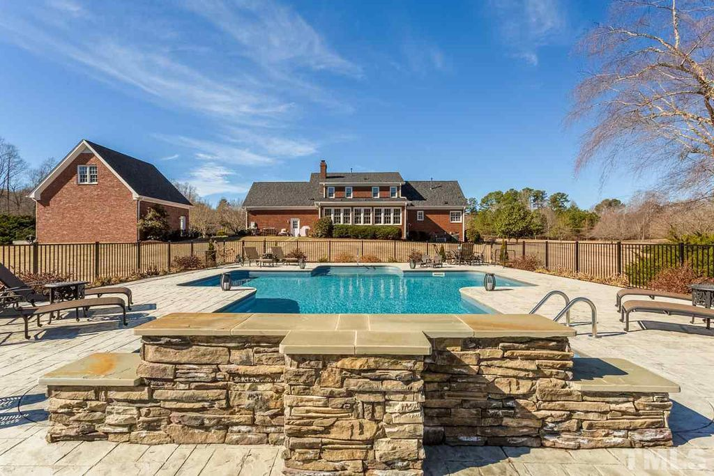 homes for sale in fuquay varina nc with inground pool