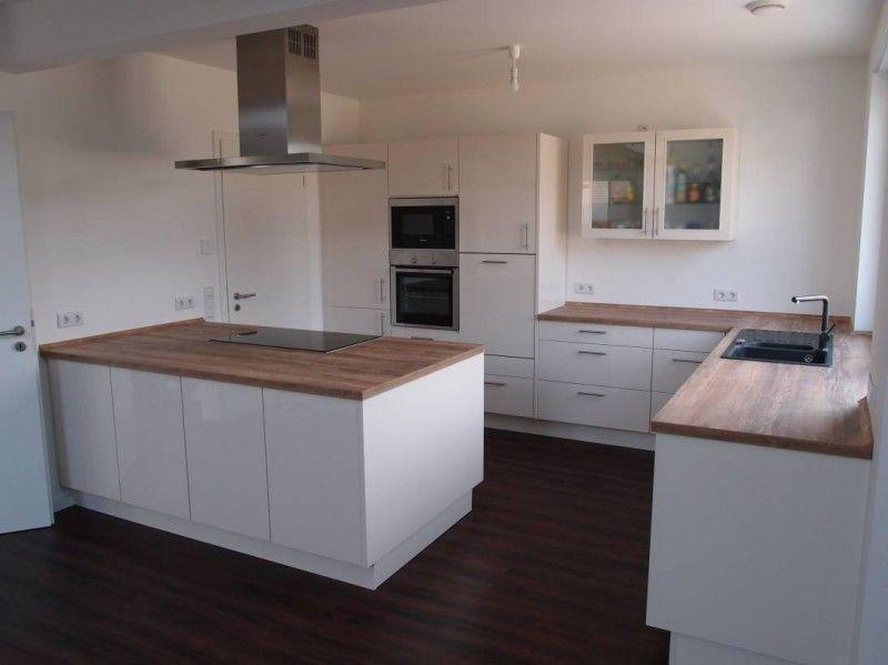 Unsere neue Küche ist fertig. Der Hersteller ist: Nobilia ...