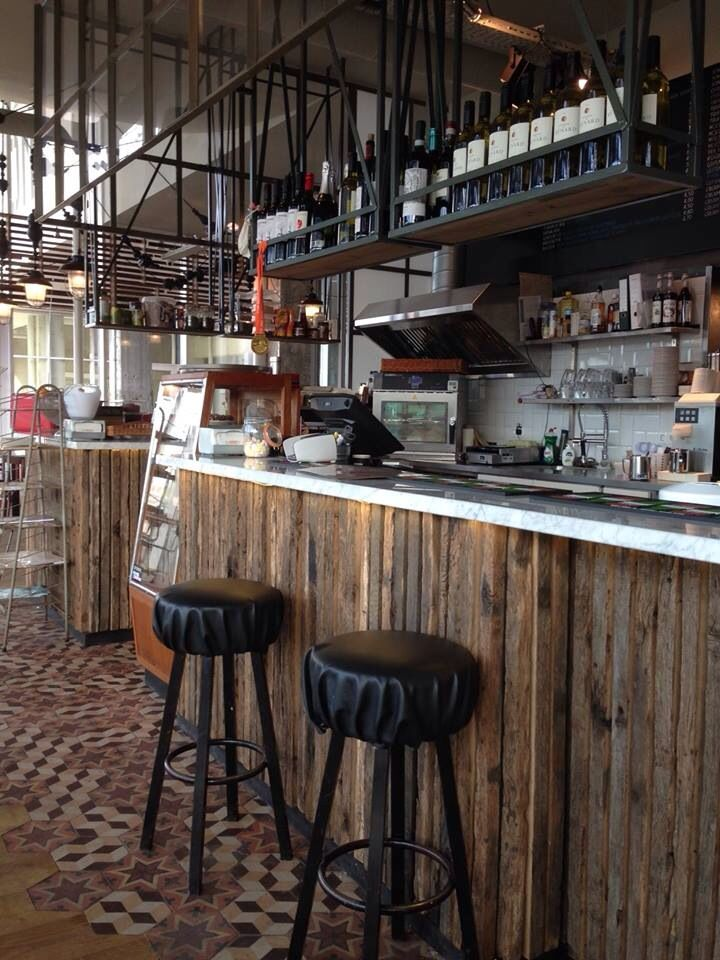 Planken van de oude plank gebruikt bij Bagel&juice strijp S...