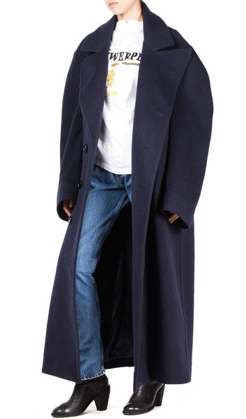 -oversize fit peacoat -drop shoulder -two side pockets -80% wool 20% cashmere -made in #Hotoveli #Hotovelinyc #Vetements