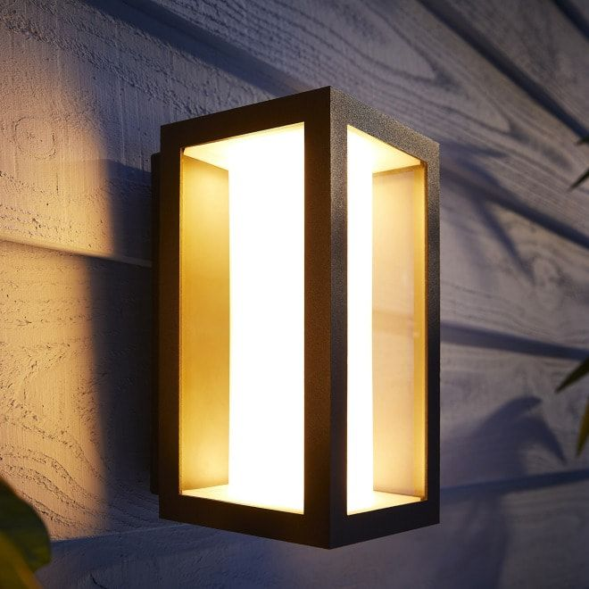 Philips Hue White and Color Ambiance Impress Outdoor Wandleuchte schwarz
