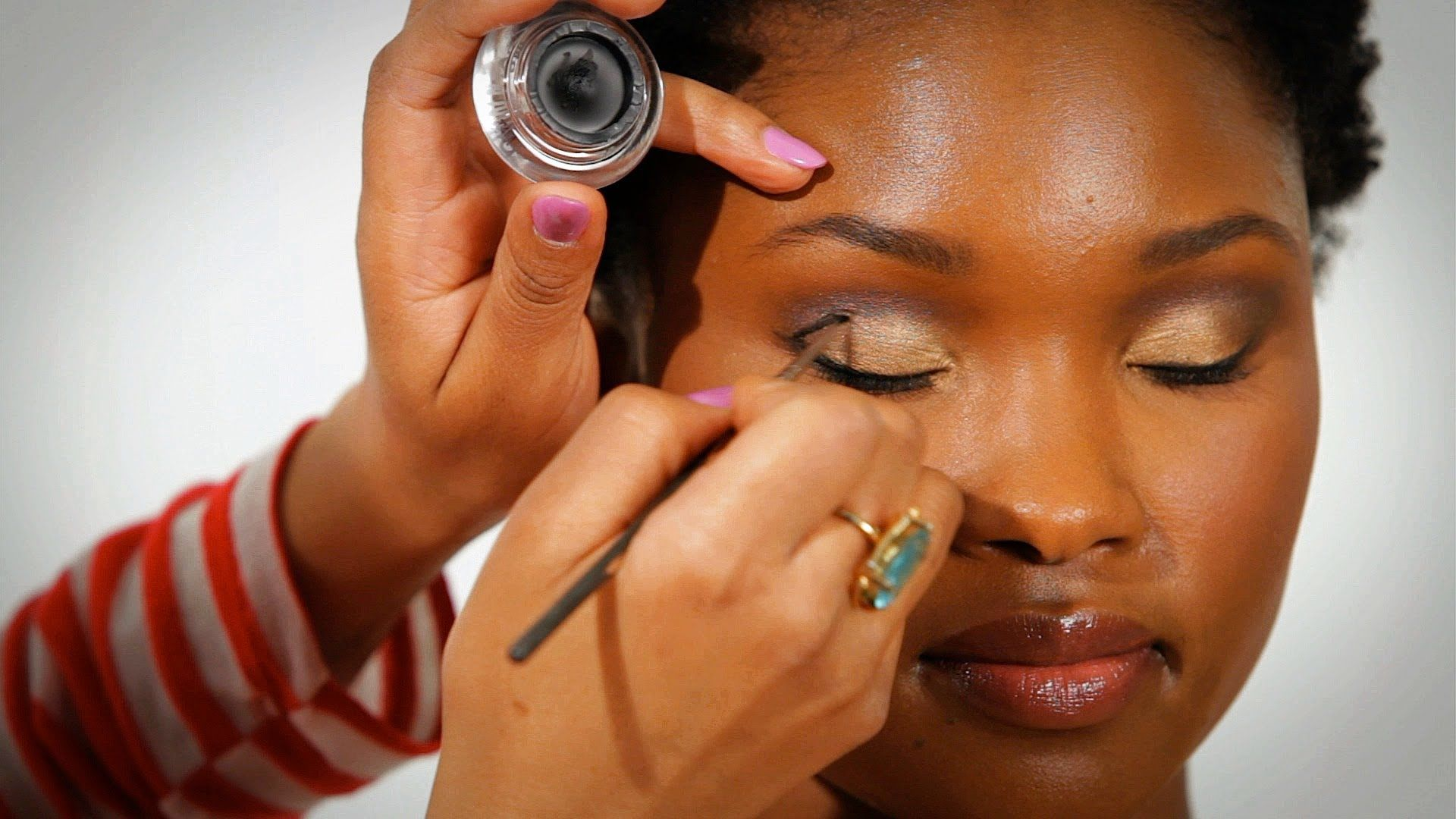 What are some makeup tips for African-American women?