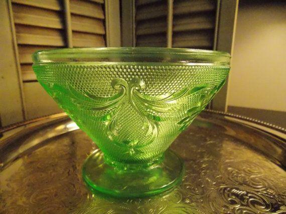 VINTAGE GREEN SANDWICH Glass Candy Dish by VintageCreativeAccen, $14.00