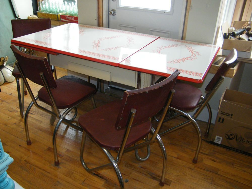 Vintage Mid Century 1940 Red White Enamel Kitchen Table 4 Vinyl Chrome Chairs