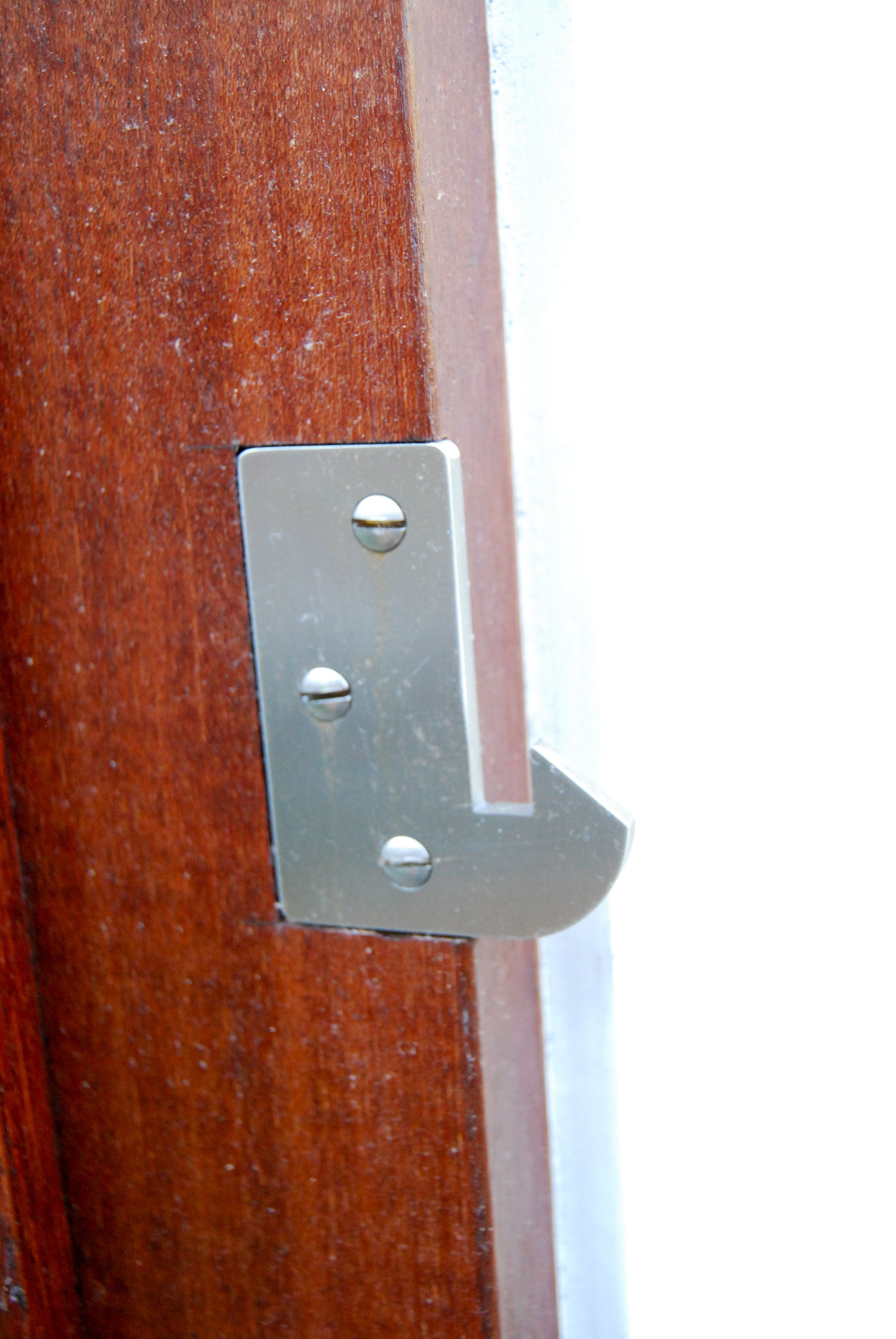 This latch accommodates both in-swinging and out-swinging gates. For out-swinging  gates, the latch-arm portion of the latch is installed on the street-side  ...