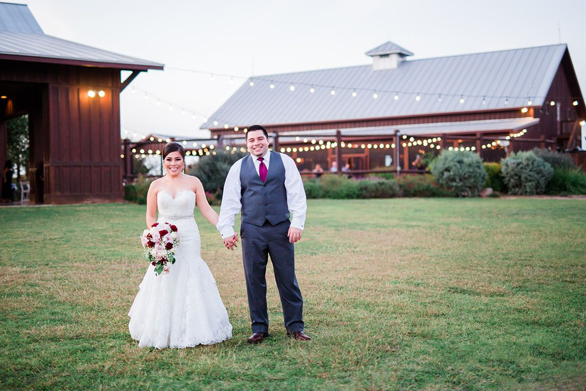 Everything You Need To Know About Getting Married In The Lone Star State Everything S Bigger In Texas Including Wedding,What Is Chicken Subgum Chow Mein