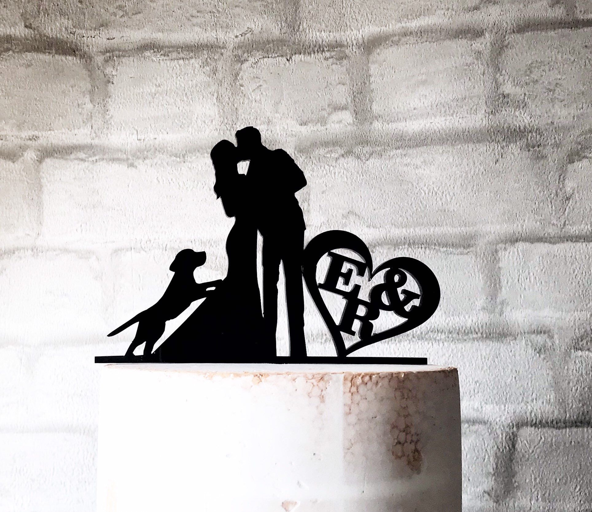 Bride groom and beagle dog acrylic silhouette wedding cake