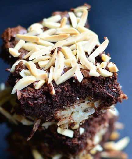 Any+chocolate+is+guaranteed+to+satisfy,+but+throw+in+coconut+and+toasted+almond+and+you+will+be+in+heaven!