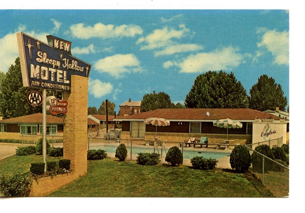 Sleepy Hollow Motel Pool Belleville Illinois 1966 Vintage Advertising Postcard