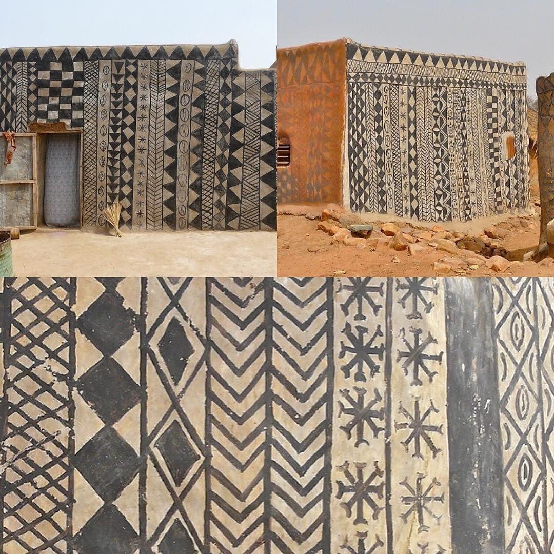 Inspiration de l'art de peinture murale à la cour royale de Tiébélé  #art #inspiration #paint #tiebele #africa #african #culture #world by hedgehog86