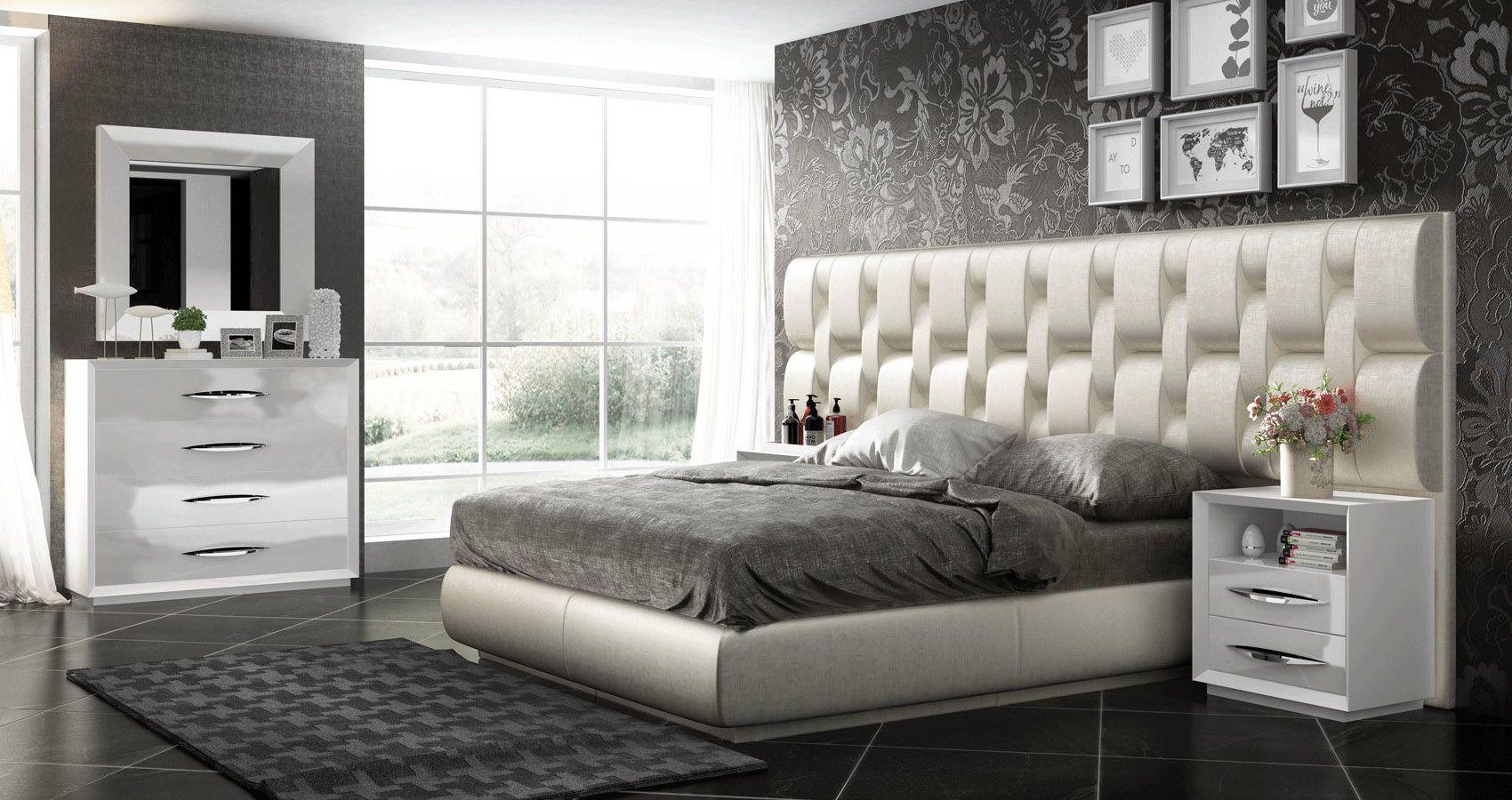 Elegant Wood Luxury Contemporary Furniture Set