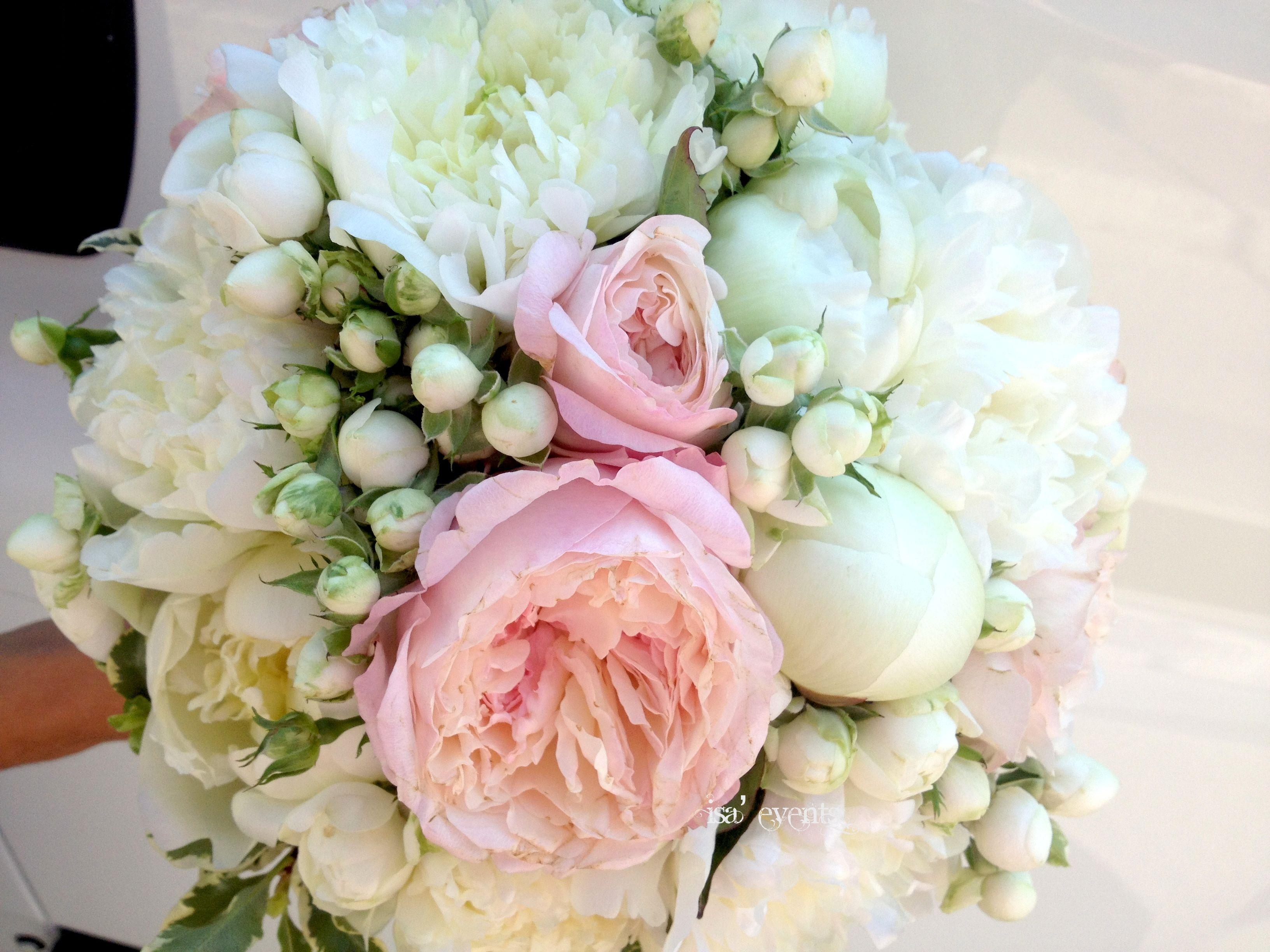 Mazzo Di Fiori English.Bouquet Roses English Peonies And Roses Polianta Bouquet Rose