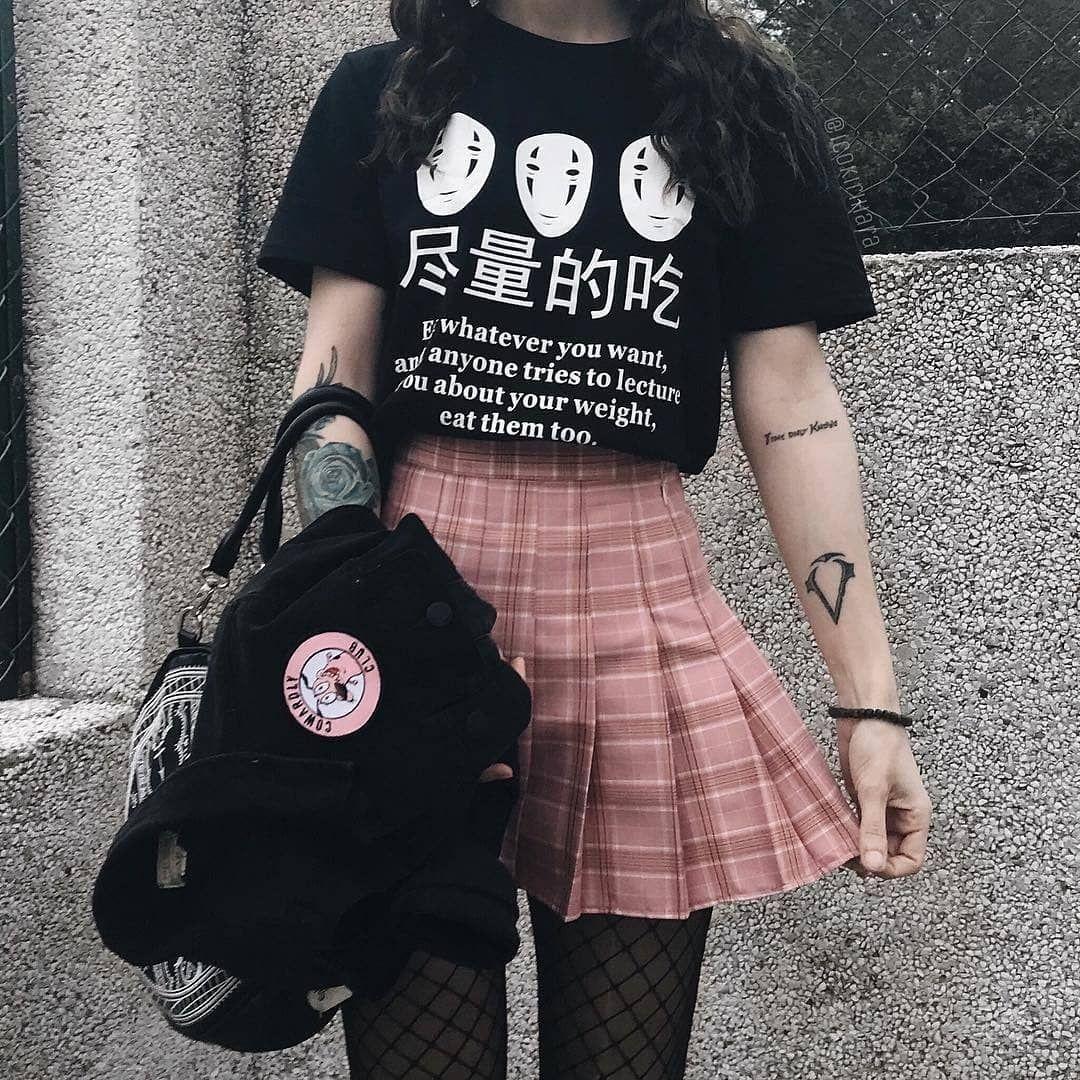 Ah Mano Eu Amo Esses Tipos De Roupinhas Mas Nao Tenho Coragem De Usar Sim Eu Me Importo Muito Com O Que As Pessoas Ropa Estetica Ropa Koreana Ropa De Moda