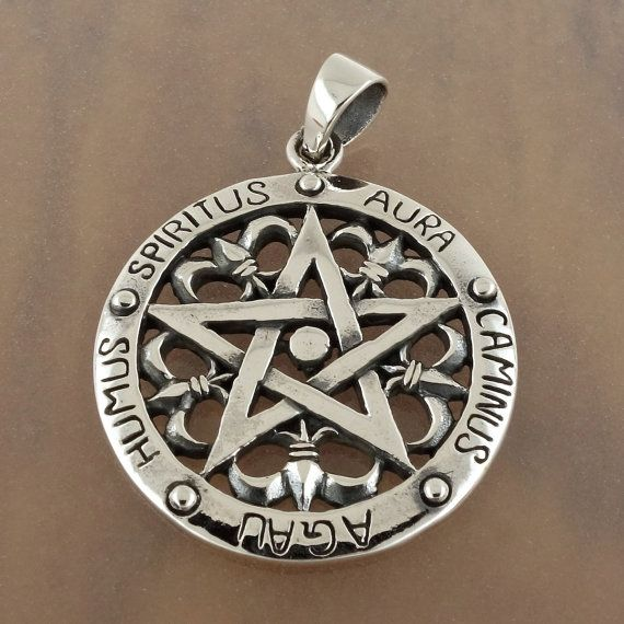 Sterling silver pentagram pendant wiccan pagan occult silver weight sterling silver pentagram pendant wiccan pagan occult silver weight is 86 grams stamped 925 aloadofball Choice Image