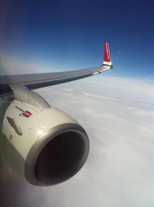 Boeing 737-800 | Norwegian Air Shuttle | via twitter @ 360THz