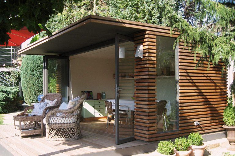 cabane de jardin contemporaine sheds pinterest gardens pool houses and tiny houses. Black Bedroom Furniture Sets. Home Design Ideas