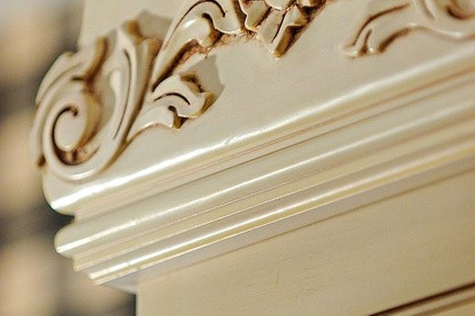 Pretty Cabinet Detail Discovered On Search Porch Com