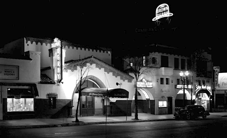 A Night View Of The Hollywood Location Of The Brown Derby