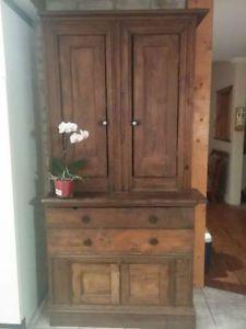 Meuble Quebecois Annee 1800 Recherche Google Primitive Cabinets