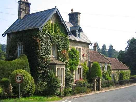Tips Desain Rumah Unik Bergaya Inggris House Old Houses English House