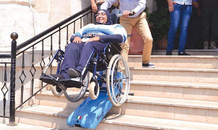 بلدية طرابلس تسلمت متسلقة الأدراج لمساعدة ذوي الإعاقة والمسنين على الصعود Vehicles Motorcycle Moped