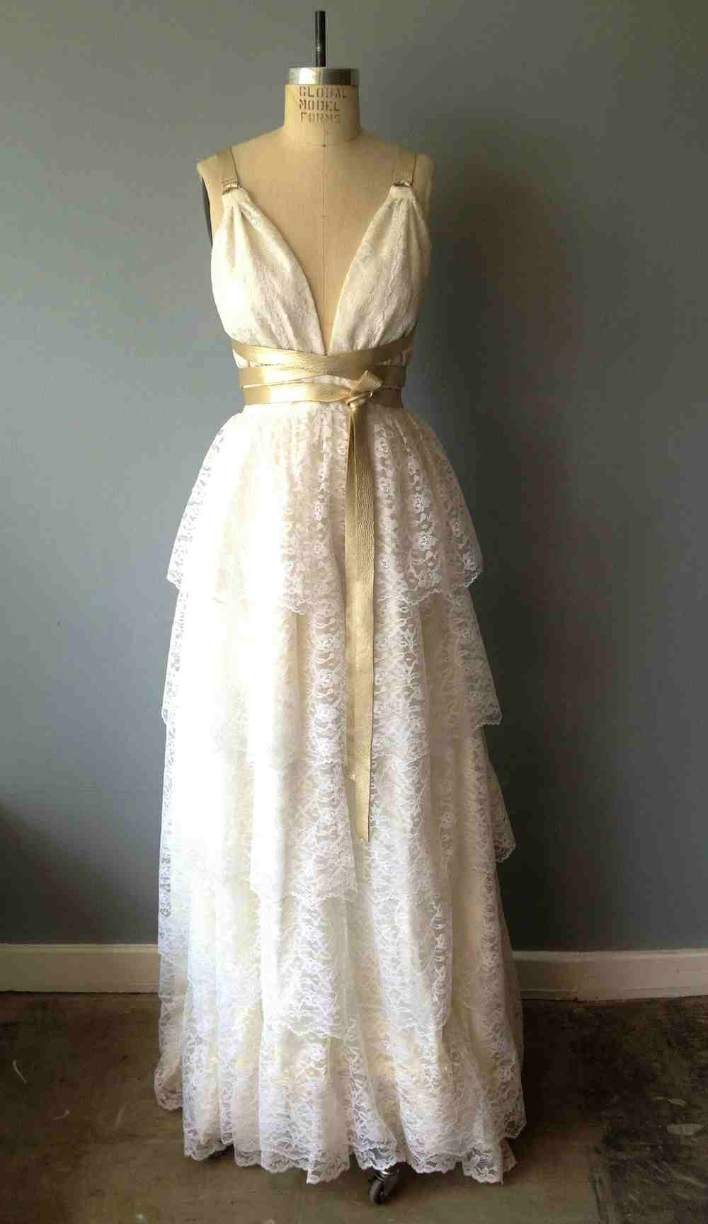 Want this wedding dress so badly i think i might die pintrest
