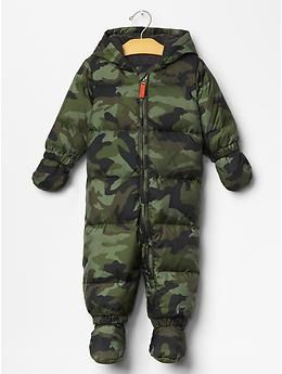 3227f1943 Warmest camo puffer snowsuit