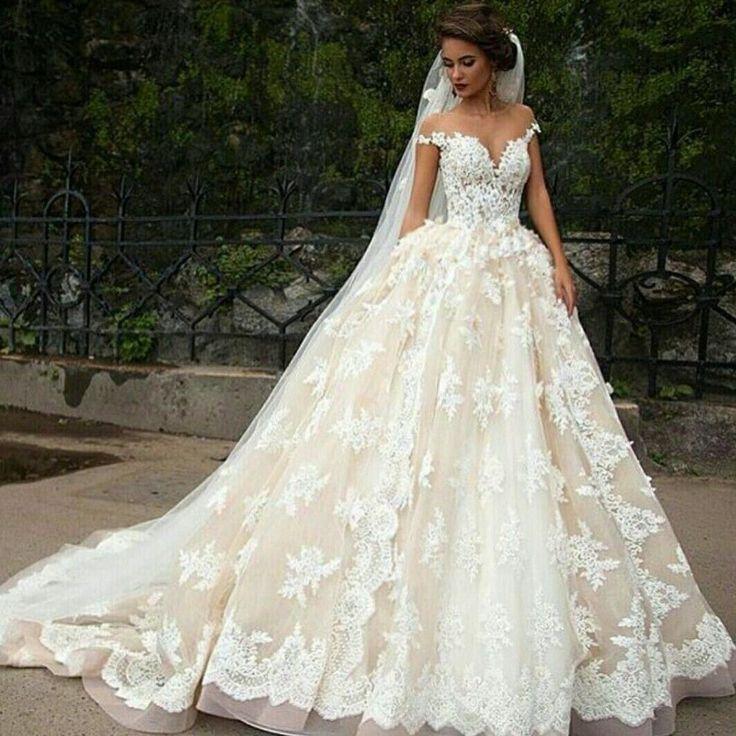 beautiful princess Spaghetti Straps bride wedding dress line with