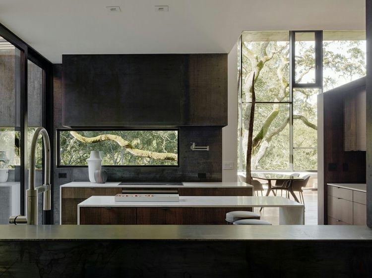 Kochbereich küchenzeile kücheninsel aussicht fenster eiche traumhäuser unique facade dreamhome