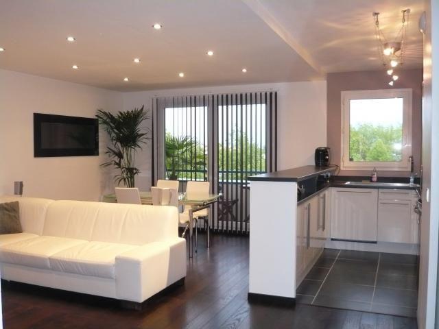 Photos de salon salle a manger style minimaliste blanc - Amenagement salon salle a manger 15m2 ...