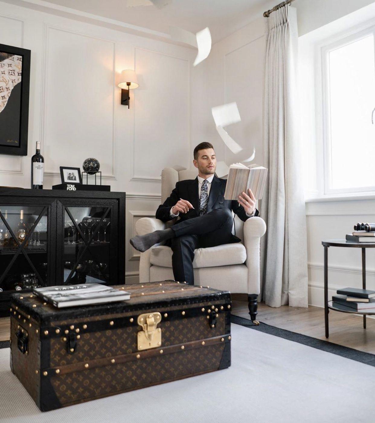 Ali Gordon in 2020 Netflix Home, Netflix