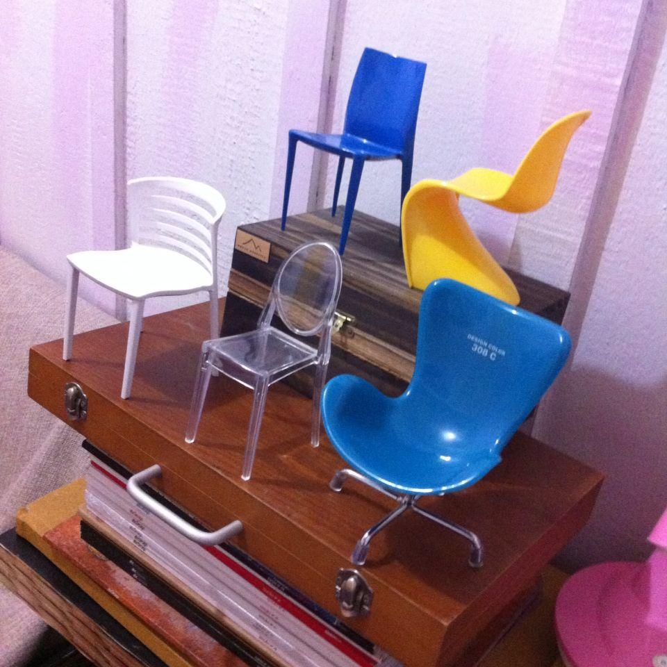 Mini cadeiras cole o miniaturas design miniature for Casa moderna hampton hickory