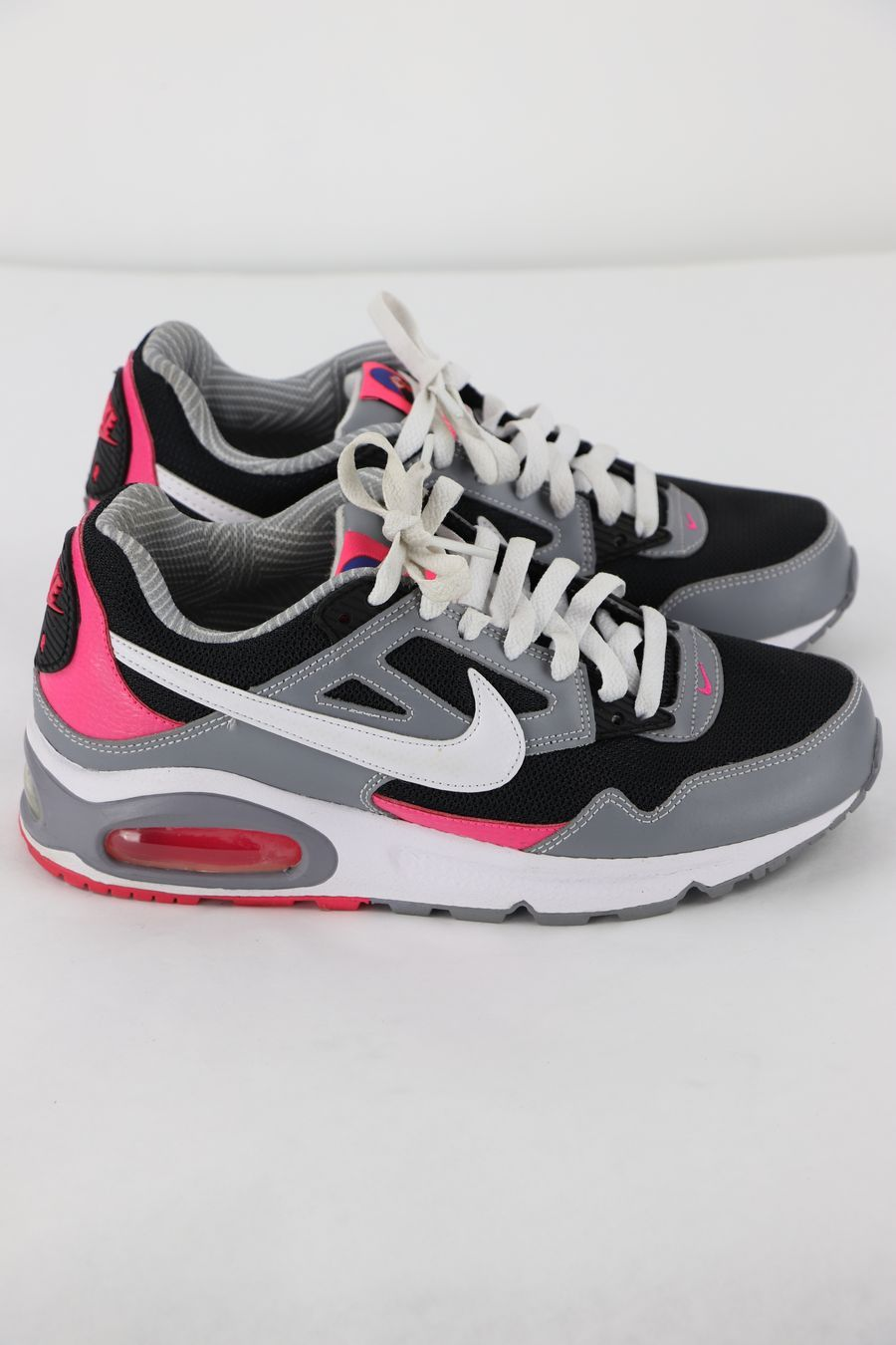 outlet store de304 a028c Nike Air Max Skyline Running Sneakers, Size 7.5    GoodTwice - Fashion and  Affordability