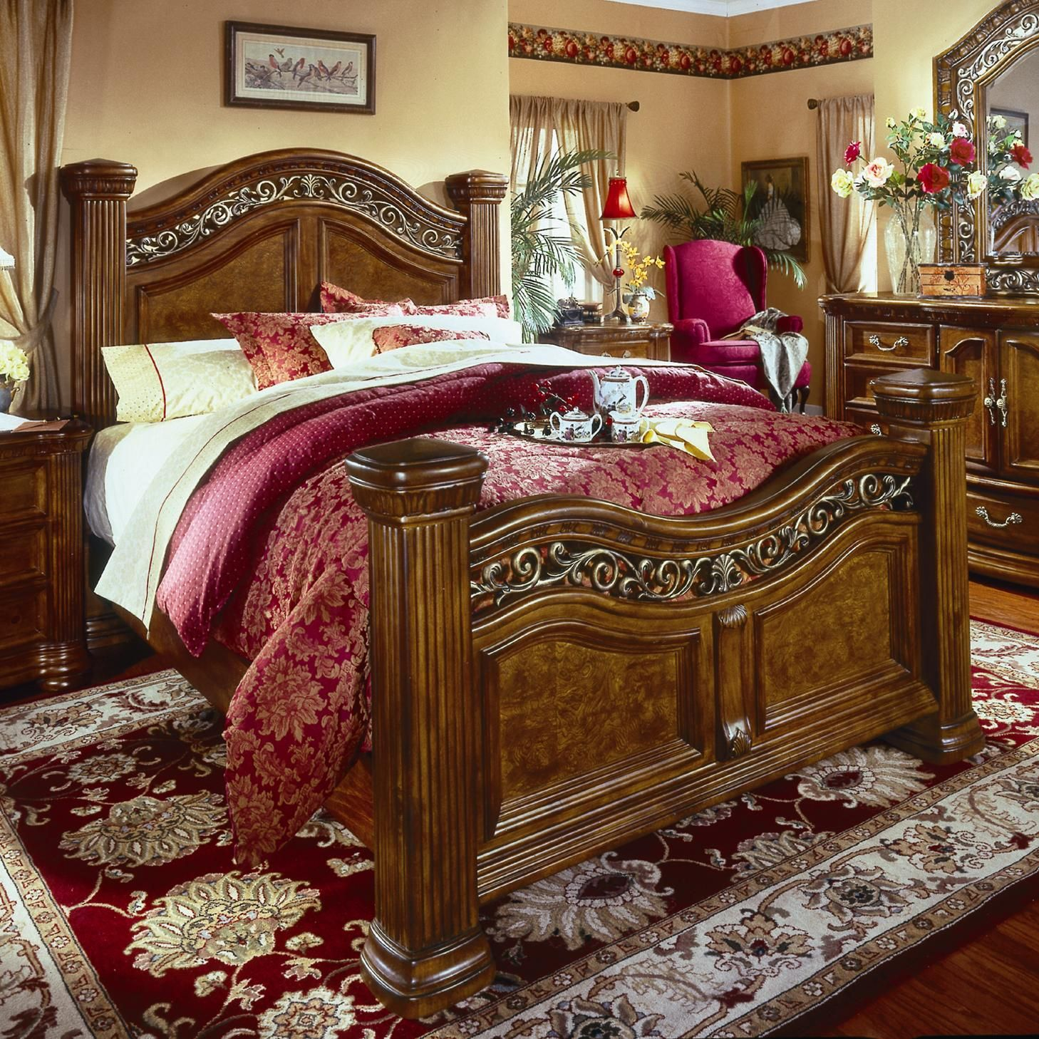Cordoba King Mansion Bed By Wynwood