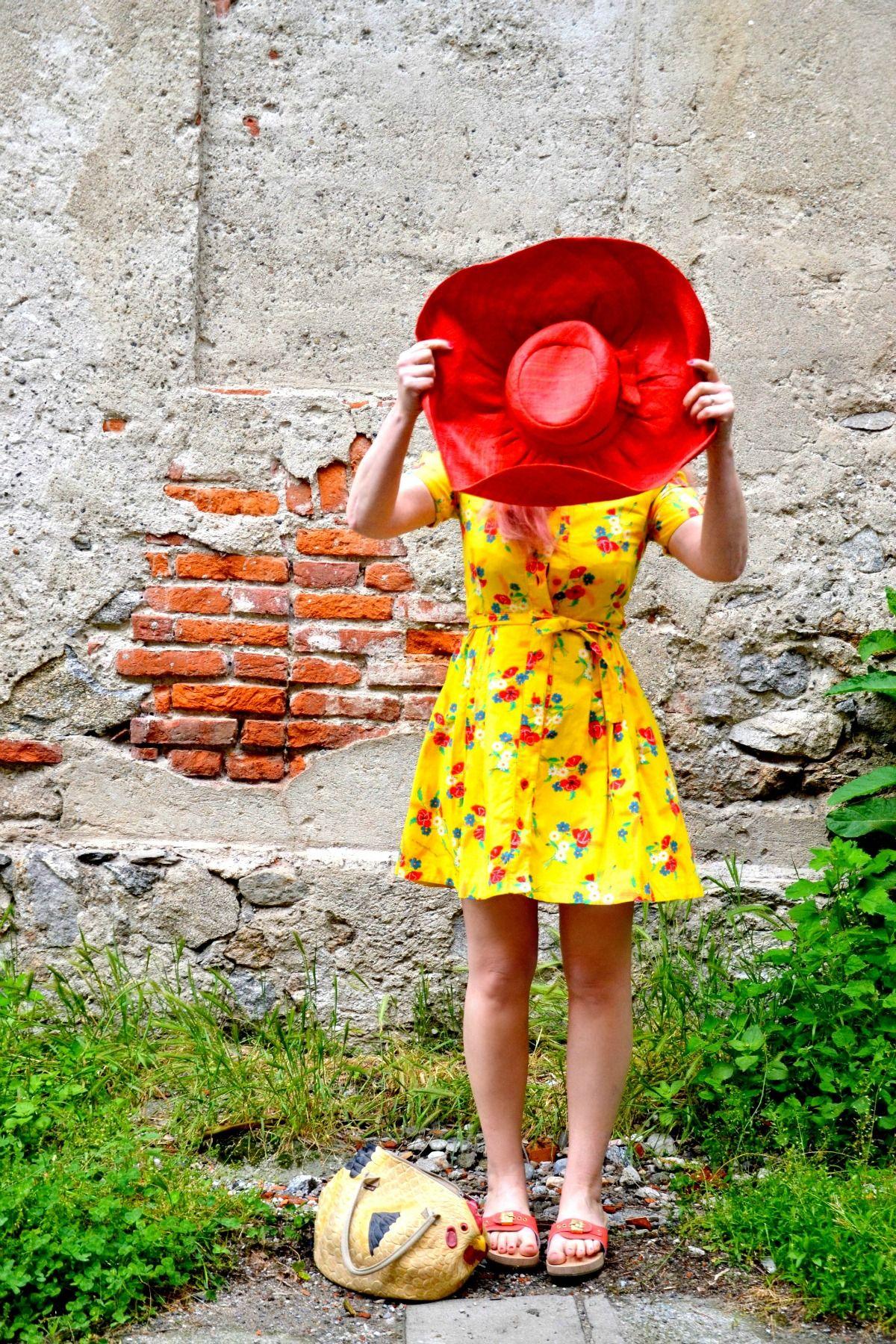 Pescura, yellow dress vintage ,clogs, Sholl, Pescura Corallo, red ...