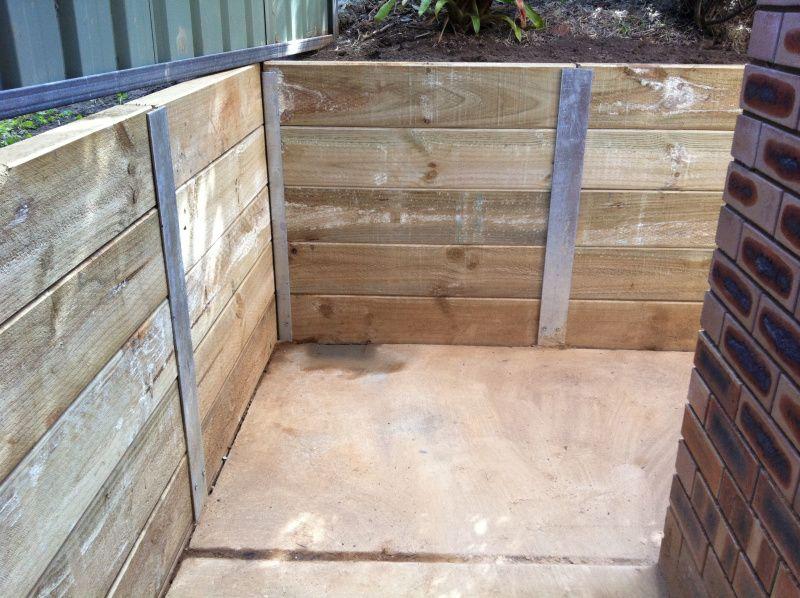 Sleeper Retaining Wall With H Beams Sleeper Retaining Wall Retaining Wall Wood Retaining Wall