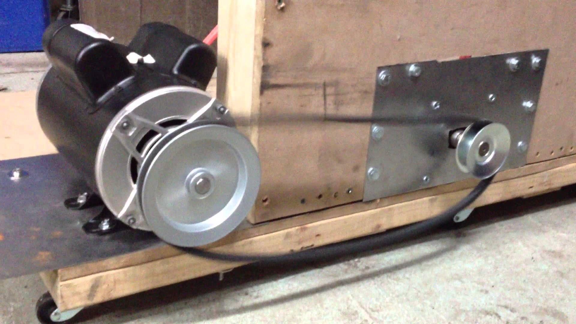 Ac dc permanent magnet motor generator pulley rotation for Dc generators and motors