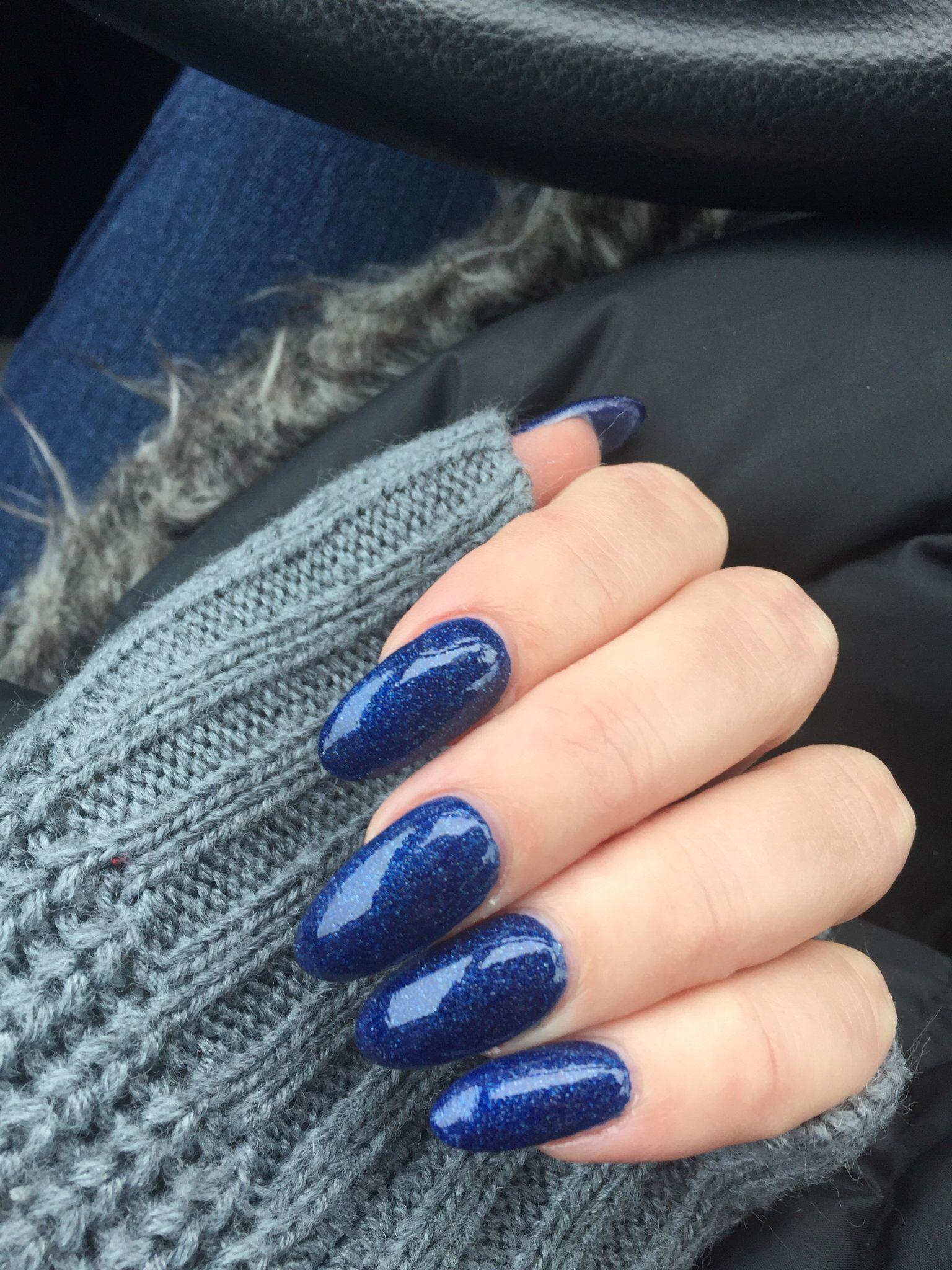 Almond Shaped Acrylic Long Nails Dark Blue Sparkly Nail Polish Got This Done December Blue Sparkly Nail Polish Acrylic Nails Almond Shape Sparkly Nail Polish